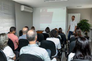 treinamento de cipa oferecido pela sercon no auditório da empresa